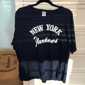 Brand new New York Yankee t shirt